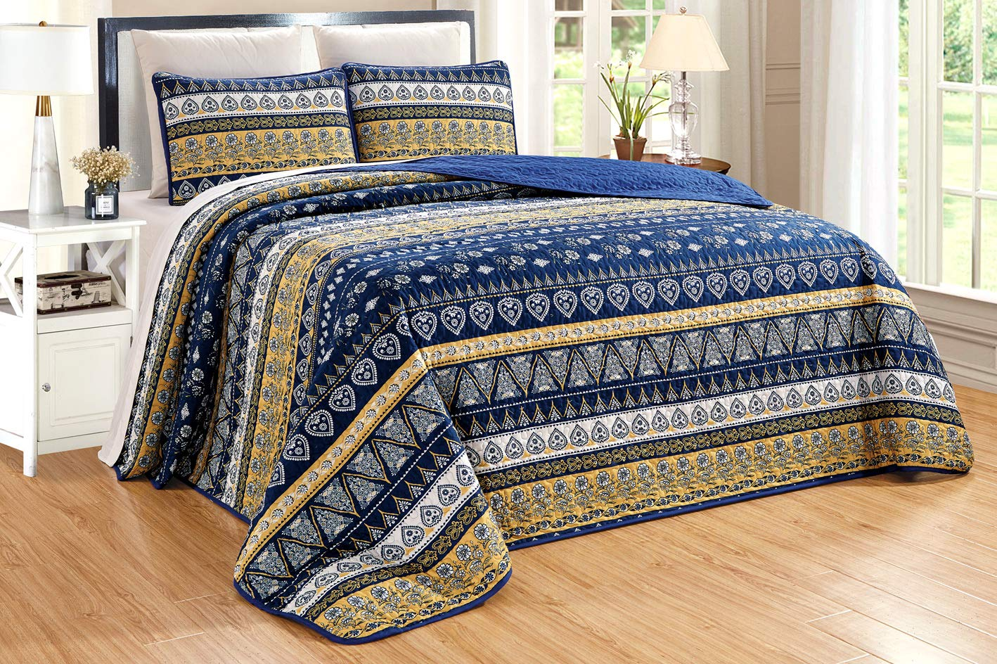 "GrandLinen 3-Piece Fine Printed Oversize (100"" X 95"") Quilt Set Reversible Bedspread Coverlet Queen Size Bed Cover (Navy Blue, Gold, Yellow Stripe)"