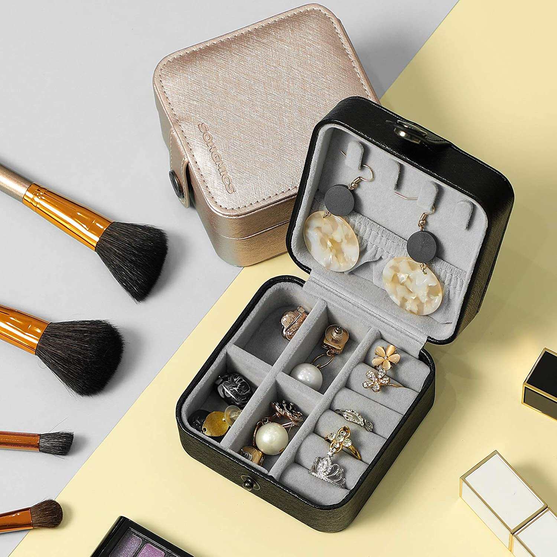 SONGMICS Jewelry Box Girls Jewelry Organizer Mini Travel Case Champagne Gold UJBC147GD