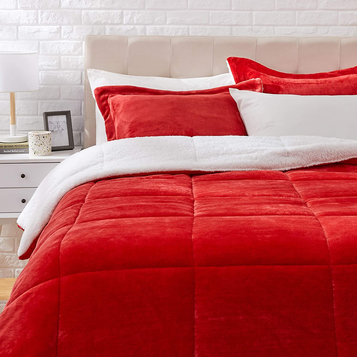 AmazonBasics Ultra-Soft Micromink Sherpa Comforter Bed Set, King, Red - 3-Piece