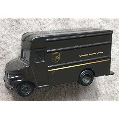 UPS Delivery Die Cast Truck 1:55 Scale: Toys & Games