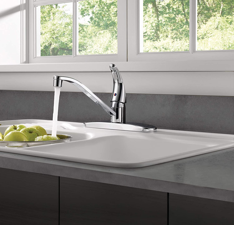 Peerless Single-Handle Kitchen Sink Faucet Chrome P110LF