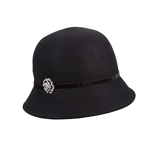 aa9c35fe945 Callanan Wool Felt Cloche with Broach Winter Hat (Black) at Amazon ...