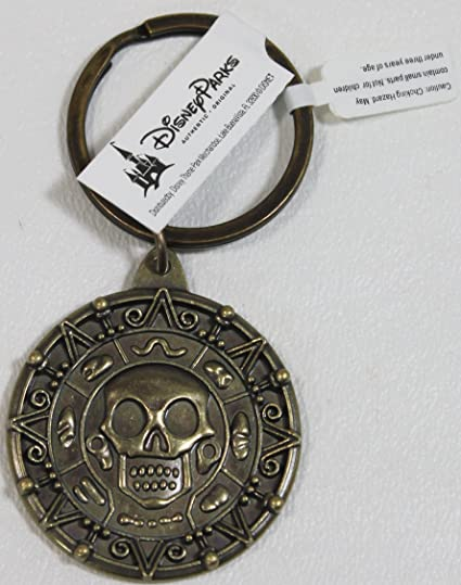 Amazon.com: Disney Piratas del Caribe latón Coin keychain ...