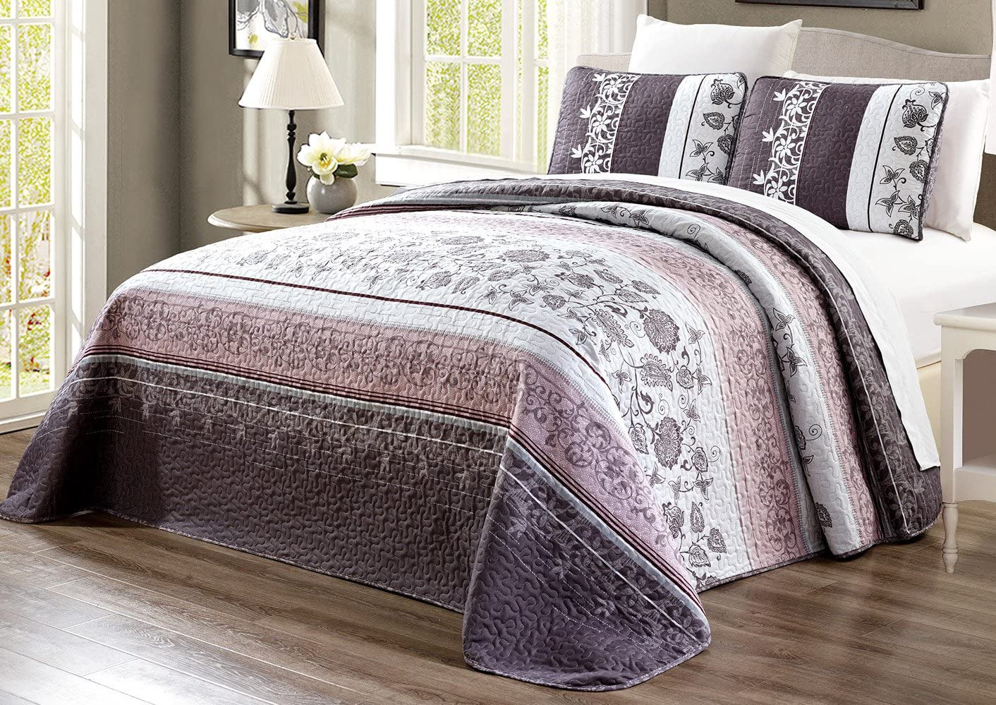 "3-Piece Oversize (115"" X 95"") Fine Printed Prewashed Quilt Set Reversible Bedspread Coverlet King Size Bed Cover (Purple. Grey, Black, White, Floral"