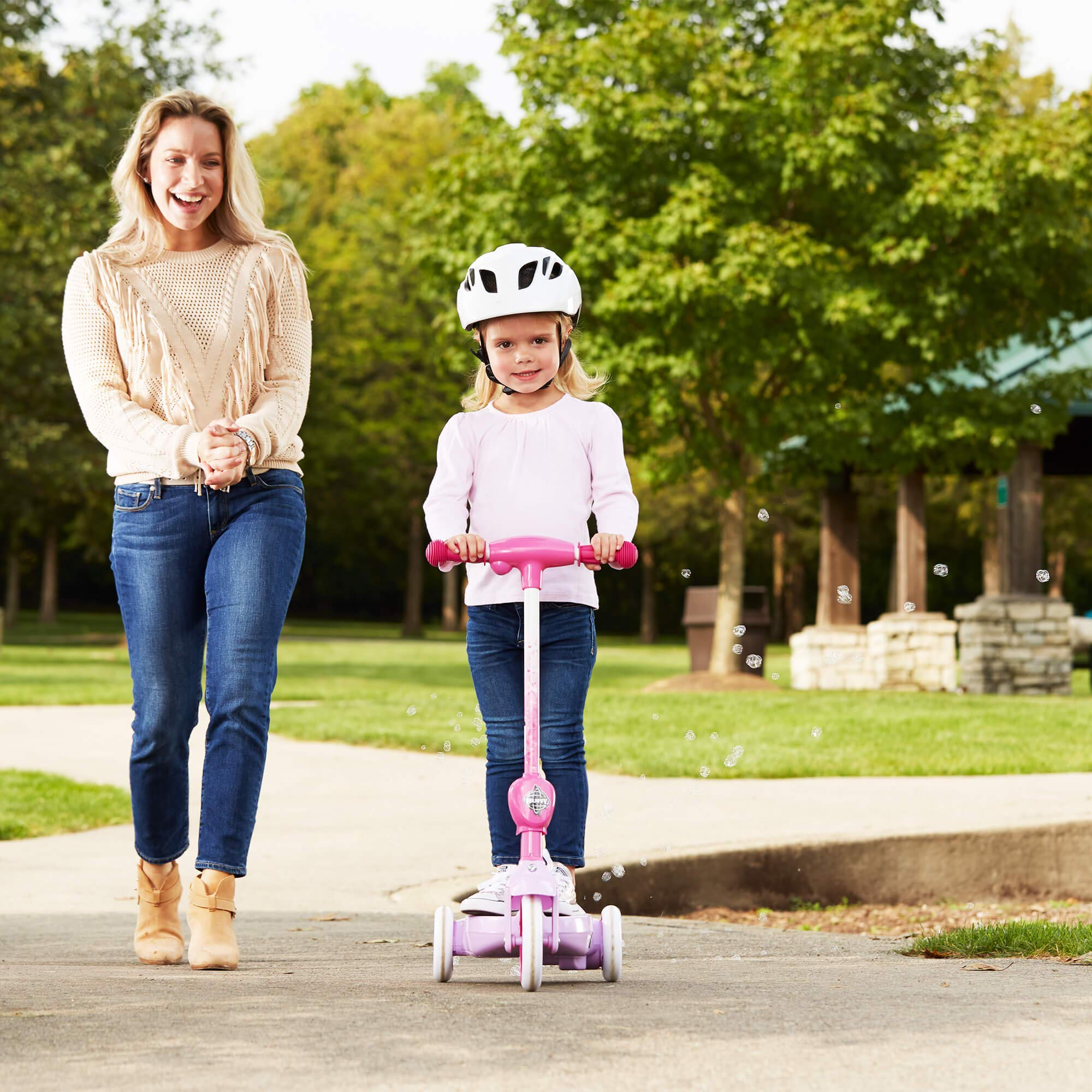 Huffy Disney Princess Girls' 6V Electric 3-Wheel Bubble Scooter by Huffy (Image #4)