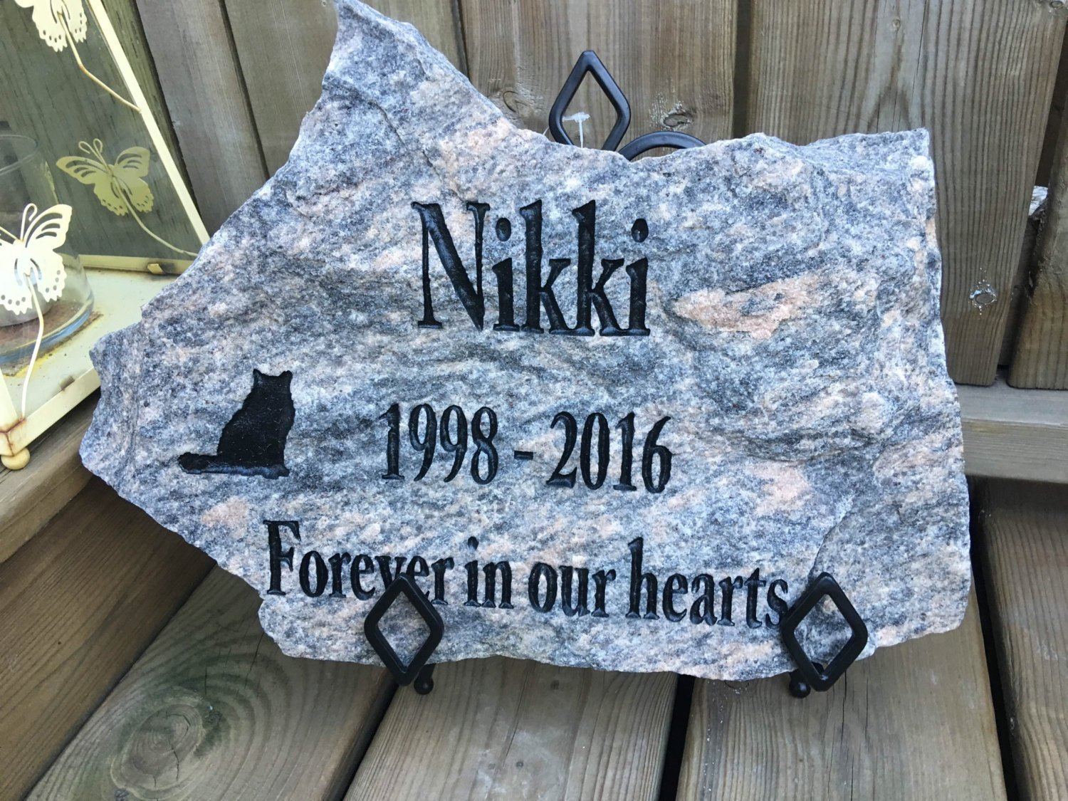 Natural Pet Memorial Stone, Personalized (Large)