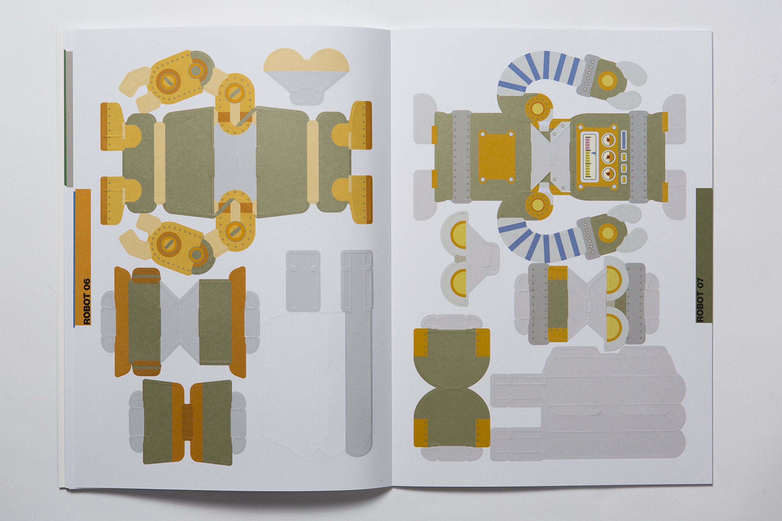 Make and Move: Robots: 12 Paper Puppets to Press Out and Play