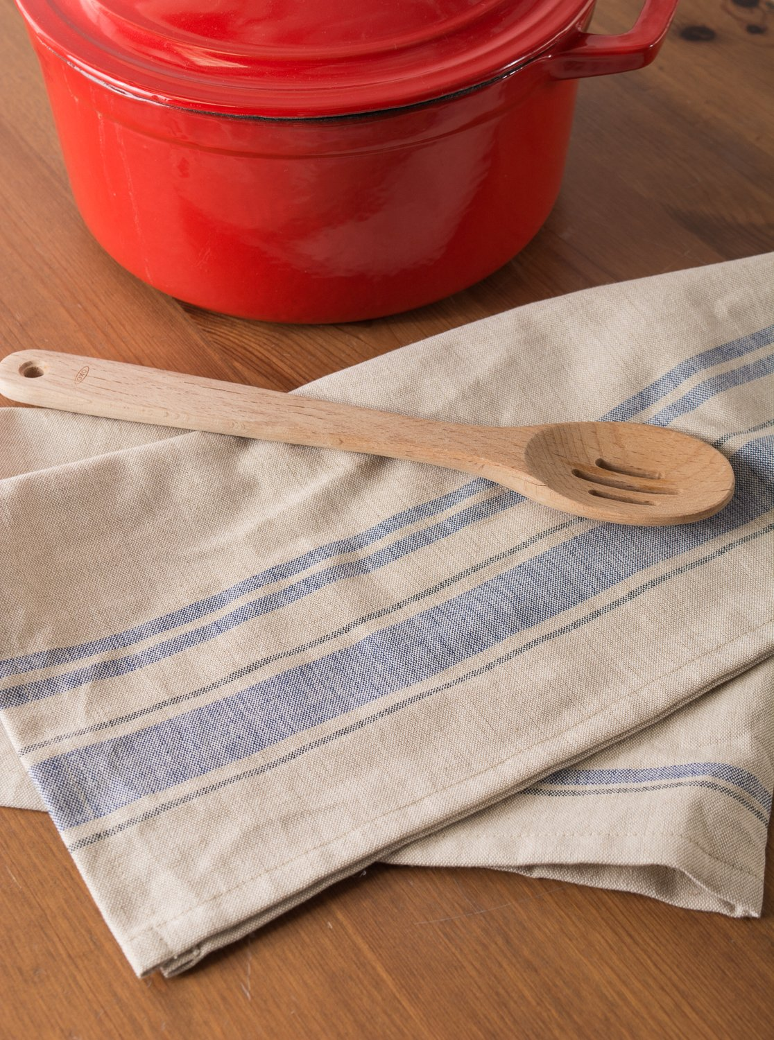 Flour Sack Tea Towels with a Farmhouse Appeal