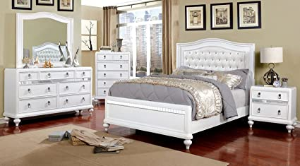 Amazon.com: Ariston Bedroom Furniture Classic Contemporary White ...