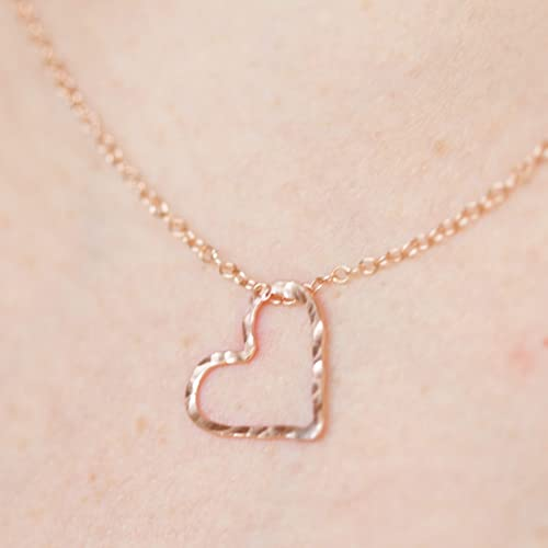3255fbc9aea Hammered Rose Gold Necklace for Girlfriend, Cute Simple Heart ...