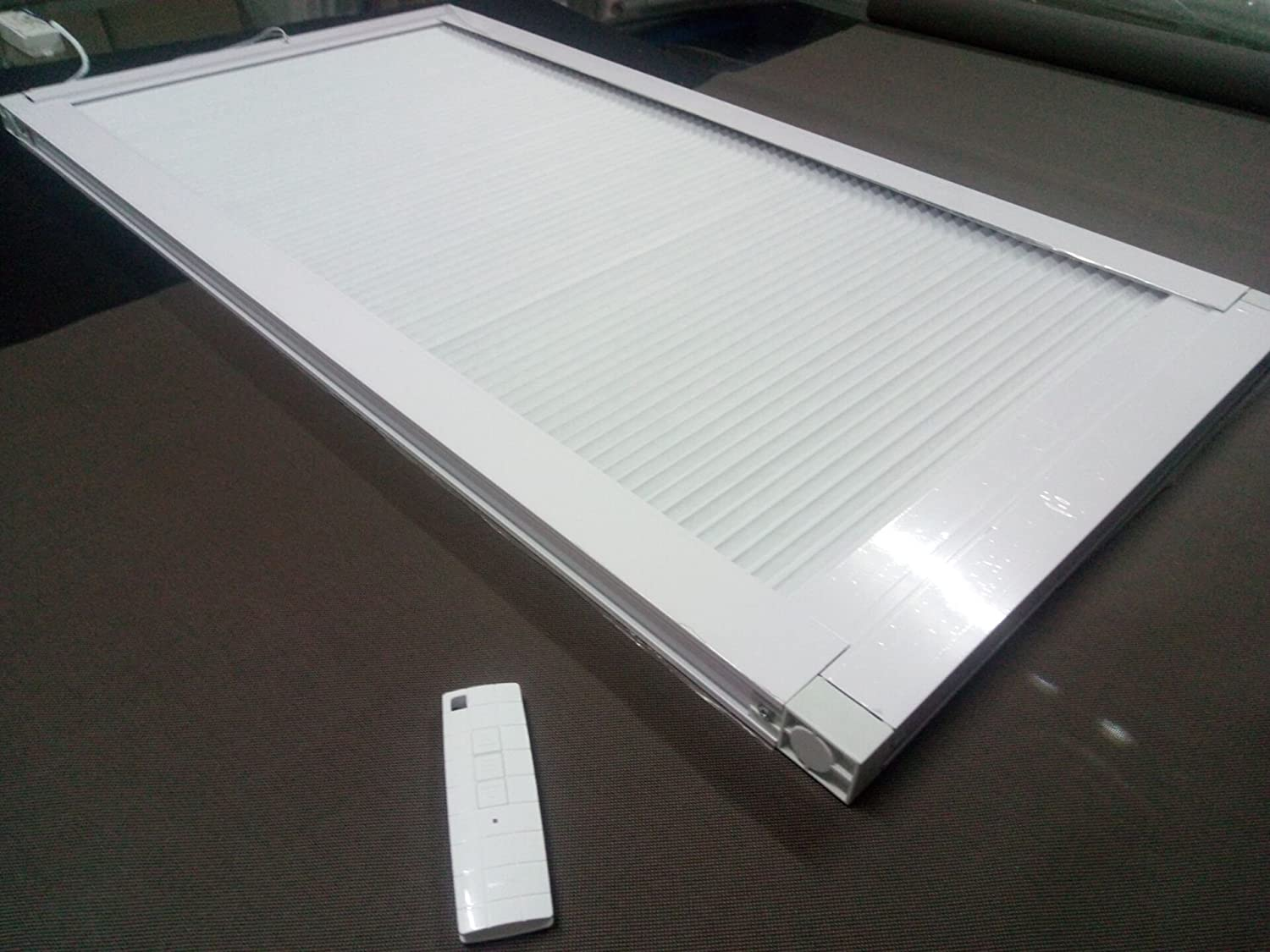 Motorized Skylight Roof Window Cellular Honeycomb Blackout Blinds Curtain,Website Price=(1pc,Motorized Control,Size:39