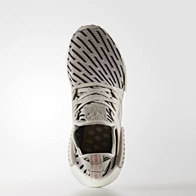san francisco 04cf2 a4932 Amazon.com   adidas Womens NMD XR1 (Womens 9, Clear Granite Clear Granite Core  Red)   Fashion Sneakers