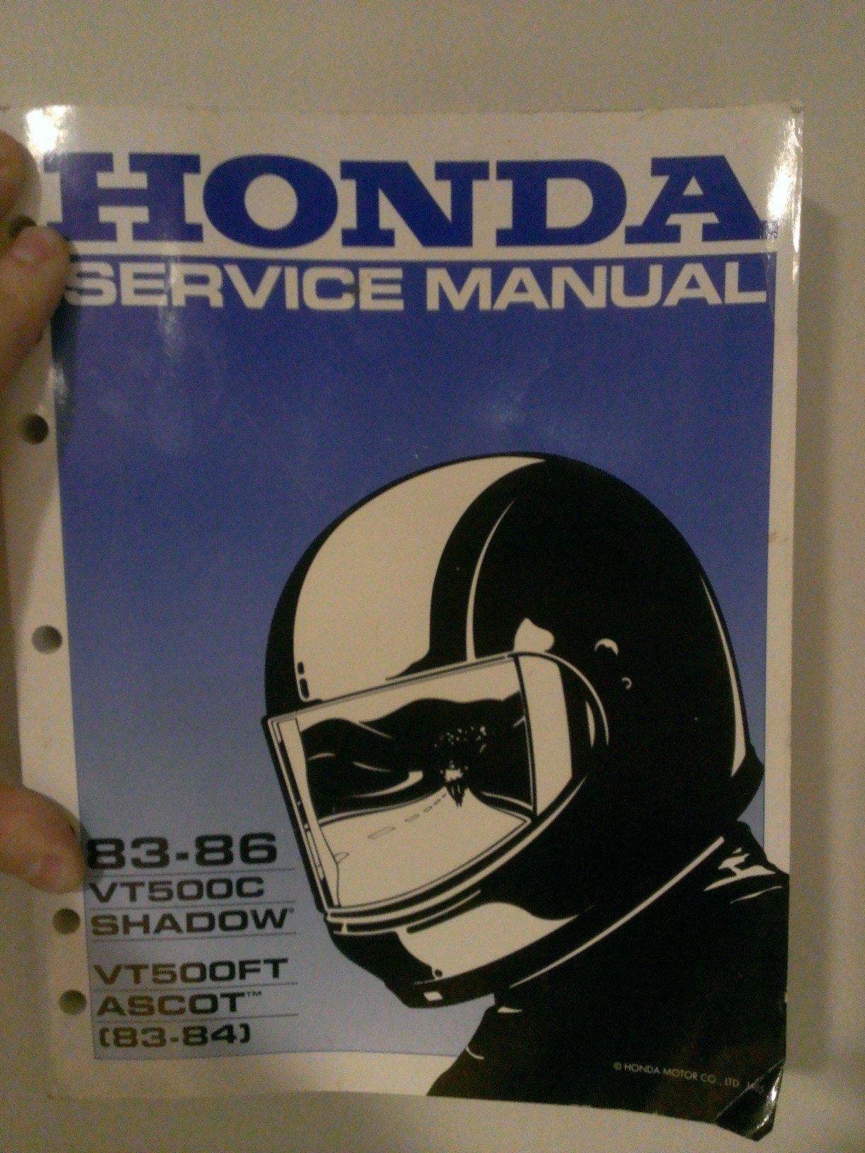 Honda Factory Service Manual 1983-1986 (VT500C Shadow (1983-1986) and  VT500FT Ascot (83-84)): Honda Motor Co.: Amazon.com: Books