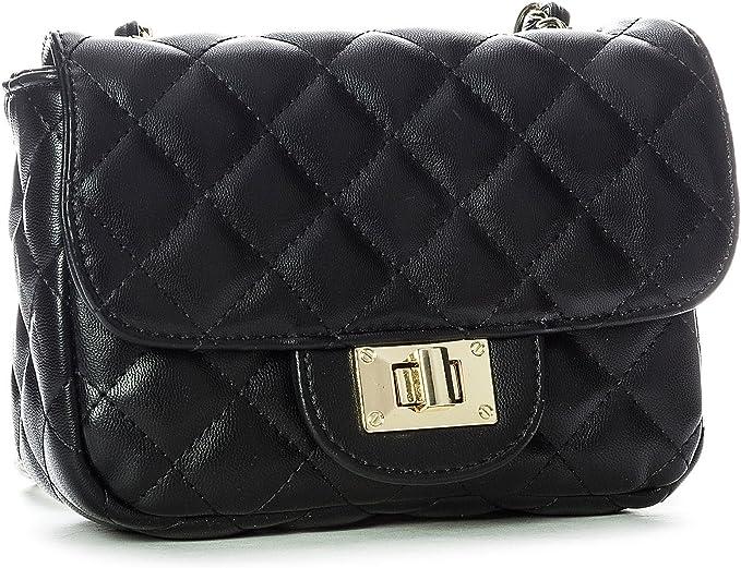 Bolso negro básico tipo Chanel complemento de fondo de armario selección de Palmera Magazine
