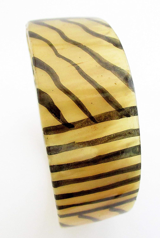 Handmade Cow Horn Dangle Bracelet Sand Diameter 2.80 inches