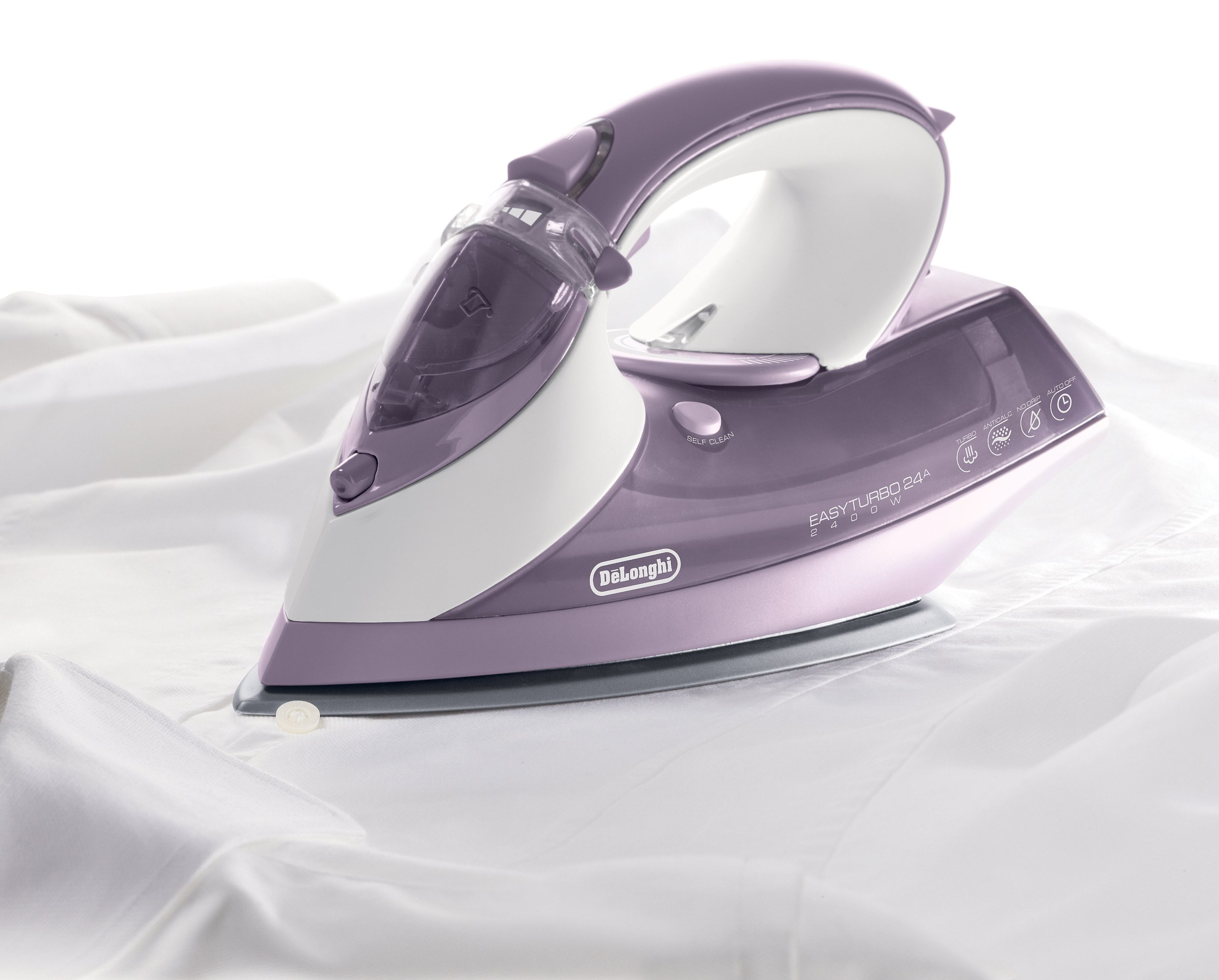 DeLonghi 1750-Watt Steam Iron with Ceramic and Stainless Steel Soleplate