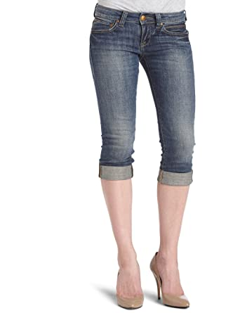078940a3c78 Mavi Women's Alma Low Rise Classic Capri Jean, Dark Saigon, 24x32 at ...