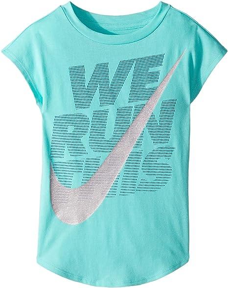 99d1b625fe9d Amazon.com  Nike Kids Girl s We Run This Modern Short Sleeve Tee (Little  Kids) Light Aqua 4 US Little Kid  Clothing