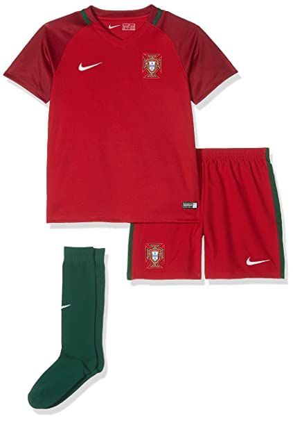34fb5aa0cc51 Amazon.com  NIKE Portugal Little Kids Home Infant Toddler Soccer Kit ...