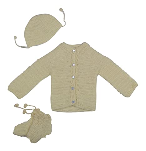 9d37d7f83 Hand Made New Born Baby Sweater Set (3-9 Months) (Cream)  Amazon.in ...