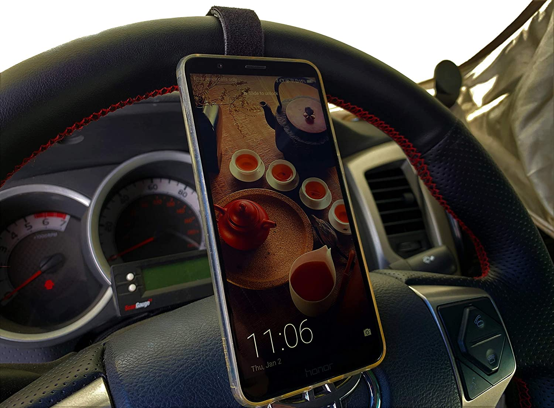 IQ Labs smartphone holder for steering wheel