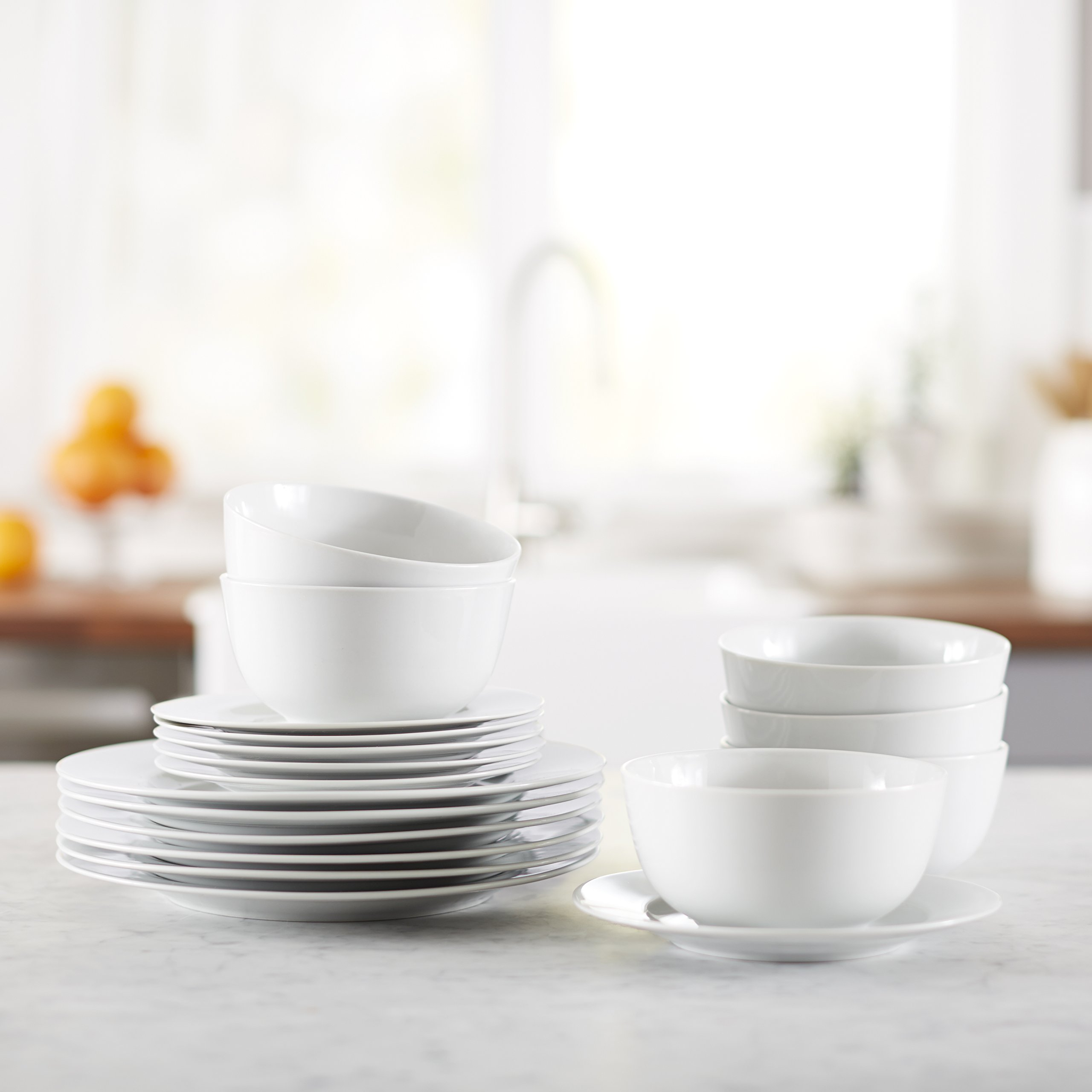 AmazonBasics 18-Piece Dinnerware Set, Service for 6 by AmazonBasics (Image #2)