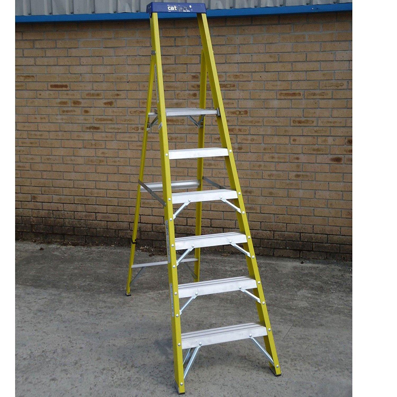 6 Tread Catwalk S400 Fibreglass Platform Step Ladder Youngman 527458