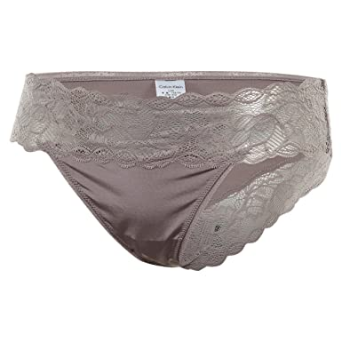51f76857b016 Calvin Klein Underwear Women's Seductive Comfort Lace Bikini Briefs, Violet  Dust, Medium