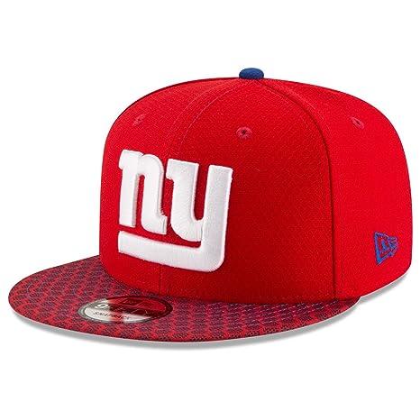2d24b563ec7 Amazon.com   New York Giants New Era NFL 2017 Sideline On Field 9Fifty  Snapback Hat   Sports   Outdoors