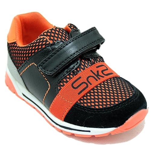 Chicco Belix - Zapatillas Deportivas para Niño y Niña Negras y Naranjas con Cierre de Velcro: Amazon.es: Zapatos y complementos