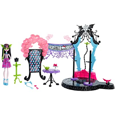 Monster High Welcome to Monster High Dance the Fright Away Playset: Toys & Games