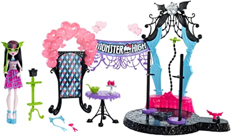 Monster High Welcome To Dance The Fright Away Playset Roll Over Image Zoom In