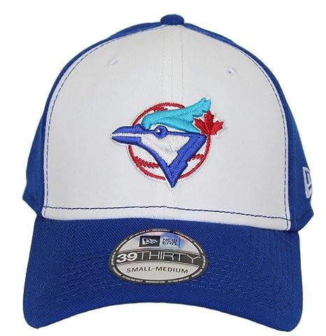 be1198f7e39d4 Amazon.com   New Era Toronto Blue Jays MLB 39THIRTY Cooperstown ...