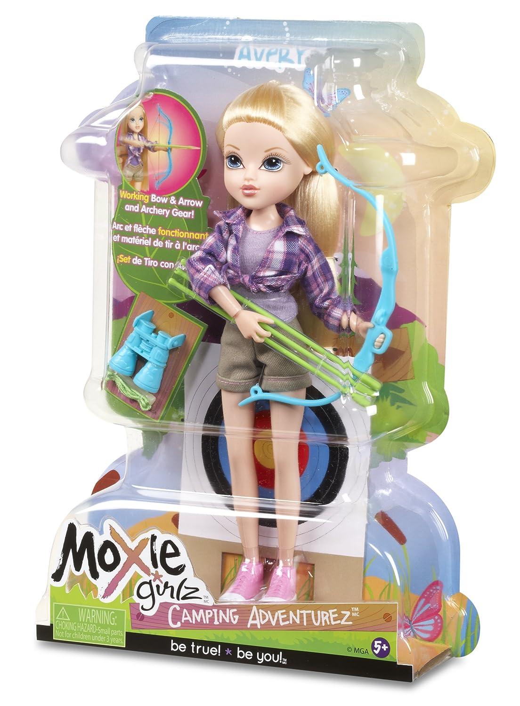 amazon com moxie girlz camping adventurez doll avery toys u0026 games