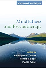 Mindfulness and Psychotherapy Paperback