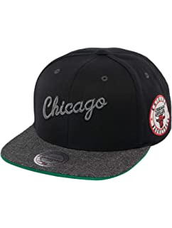 10f3db61 Mitchell & Ness Men Caps/Snapback Cap NBA Chicago Bulls Melange Patch Black  - 505009