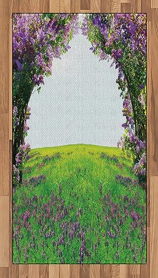 Magisches Bereich Teppich Von Lunarable, Wiese Feld Violett Blumen Zwischen  Bäumen Dream Inspirierende Habitat Landschaft