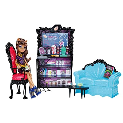 Monster High Coffin Bean and Clawdeen Wolf Doll Playset: Toys & Games