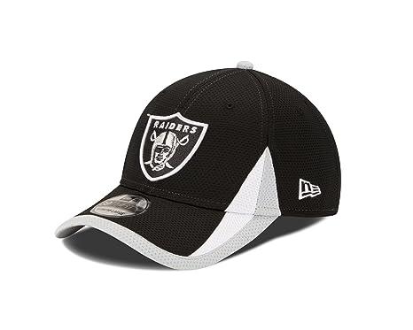 58c11167ba865 Amazon.com   Oakland Raiders Black 39Thirty New Era Flex Fit ...