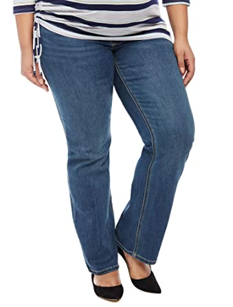 1088cdf4fab39 Jessica Simpson Plus Size Secret Fit Belly Boot Cut Maternity Jeans at  Amazon Women's Clothing store: