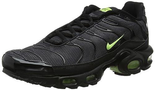 finest selection cc0a2 e95c4 Nike Men s Air Max Plus Se Gymnastics Shoes  Amazon.co.uk  Shoes   Bags