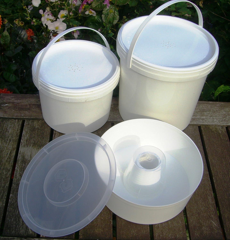 3 x Beekeeping Bee FEEDERS - Rapid, 2.5 litre and 5 litre contact bucket feeders Simonthebeekeeper