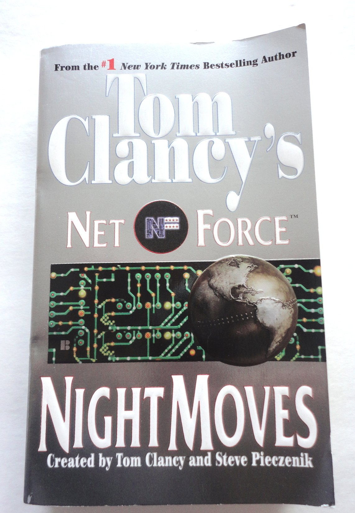 Read Online Night Moves (Tom Clancy's Net Force Ser.) PDF