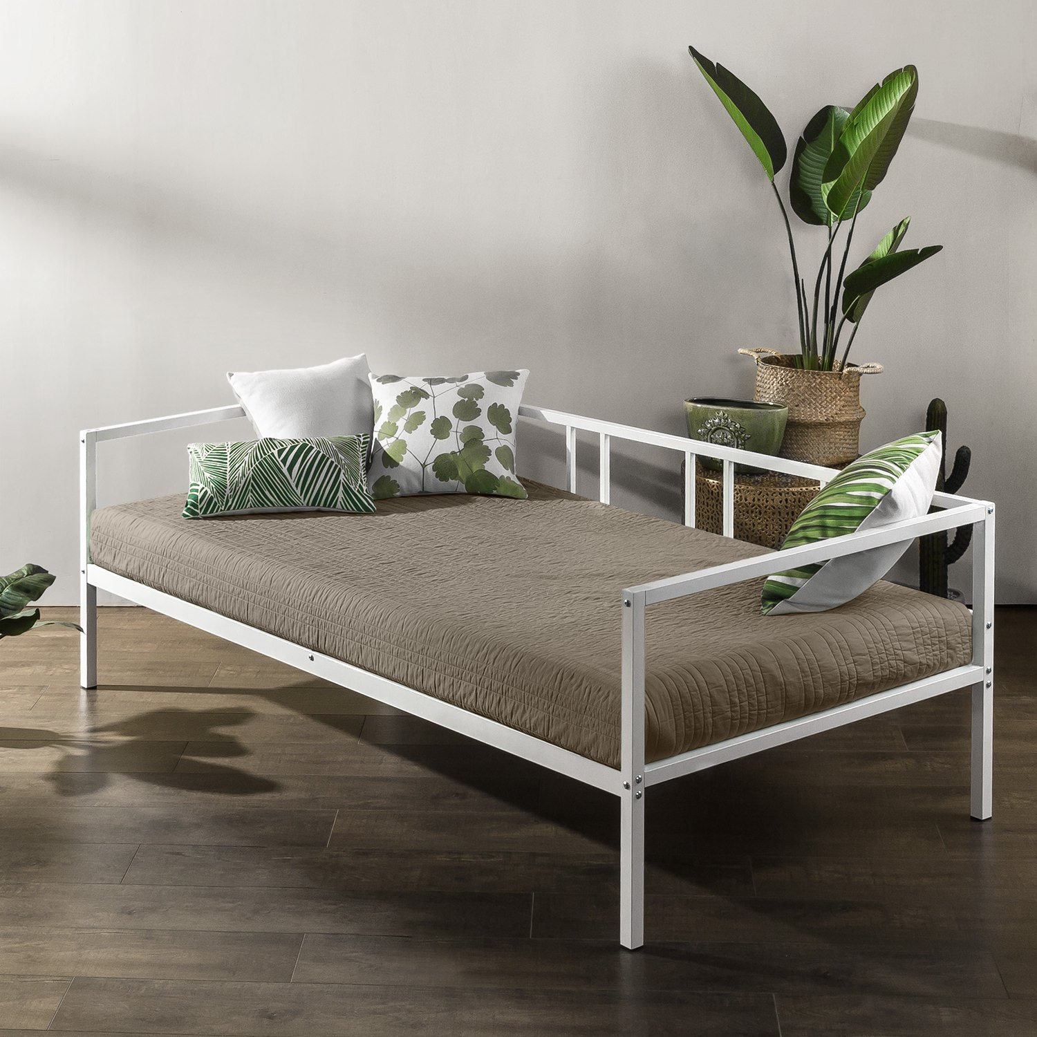 Zinus Gail Morning Mist Twin Daybed Frame / Steel Slat Support by Zinus