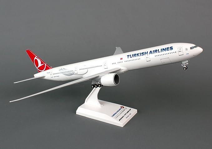 Daron Skymarks Turkish 777-300ER 1/200 Aircraft Model with Gear