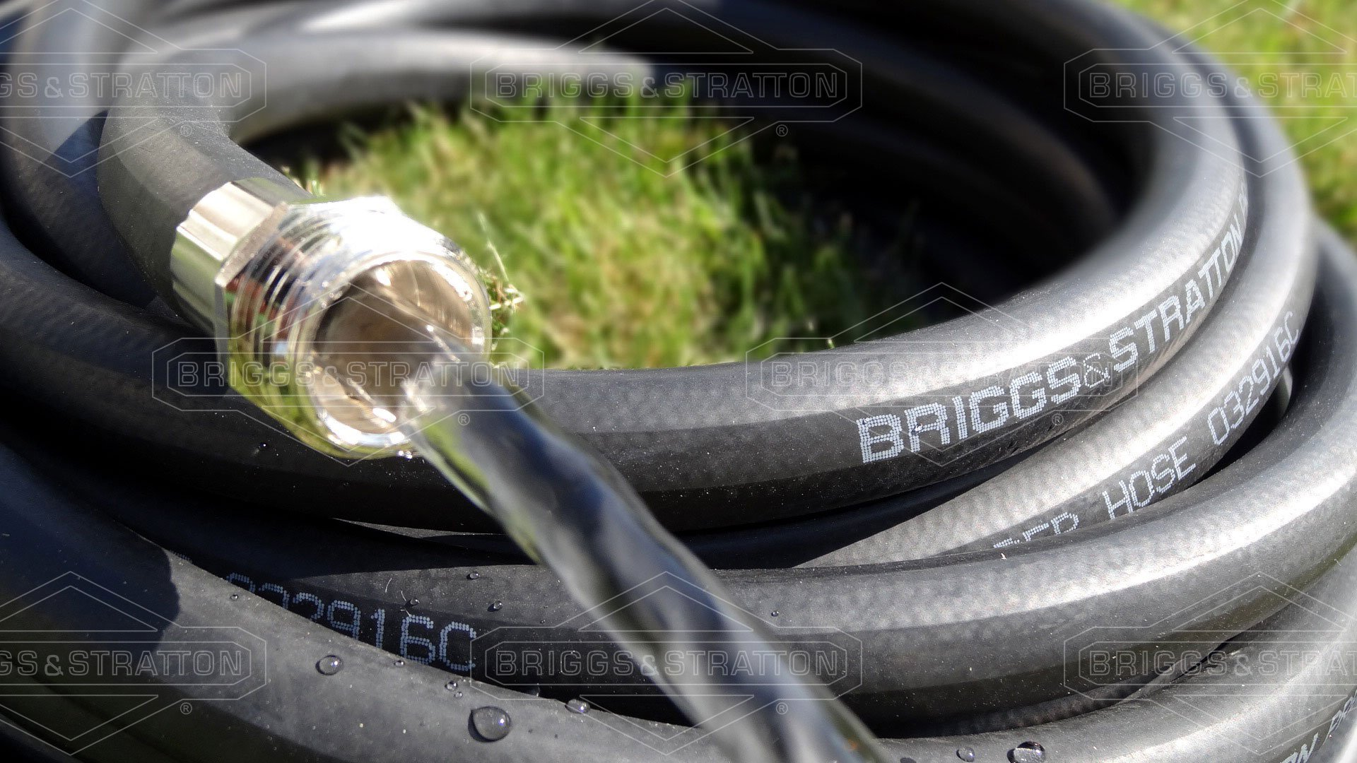 Briggs and Stratton 8BS75 75-Foot Premium Heavy-Duty Rubber Garden Hose by Briggs & Stratton (Image #2)