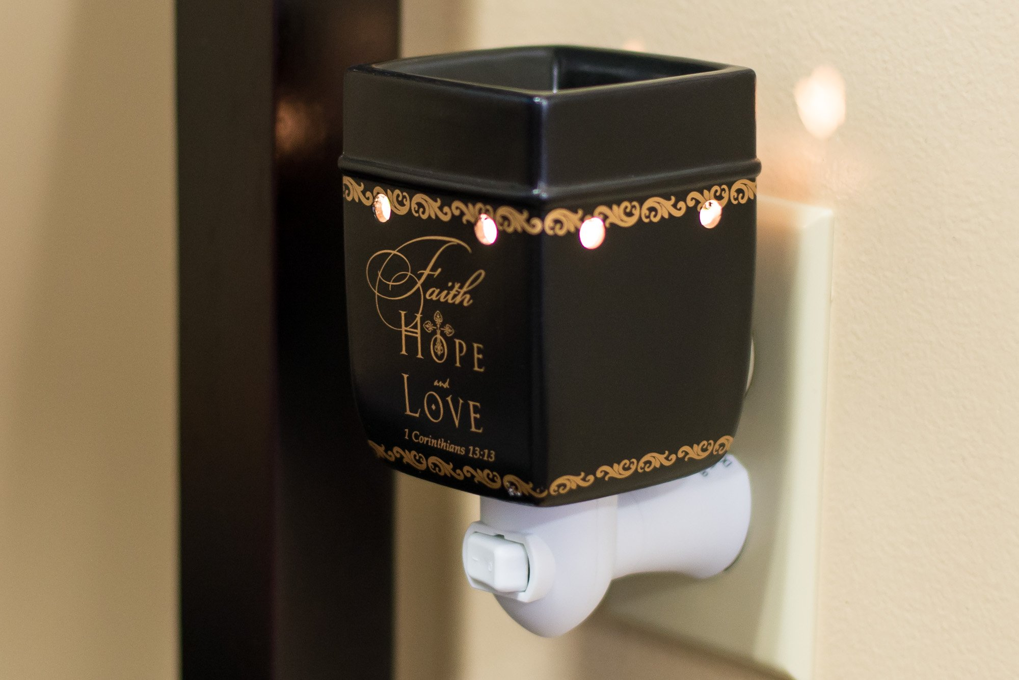 Elanze Designs Faith Hope Love 1 Corinthians 13:13 Ceramic Stoneware Plug-in Outlet Wax Oil Warmer by Elanze Designs (Image #2)