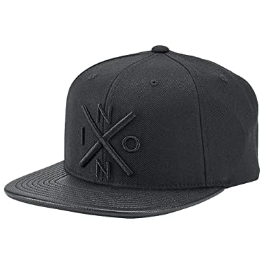 Amazon.com  NIXON Men s Exchange Snap Back Hat All Black Black Hat ... fe31e196ef37