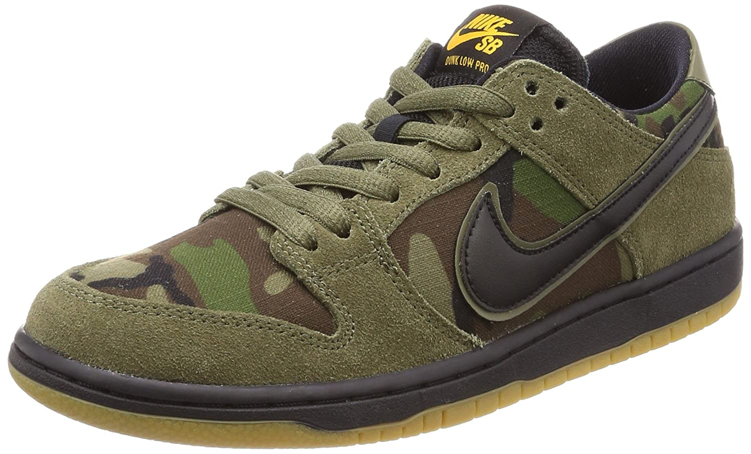 innovative design 4c959 0a686 Amazon.com | Nike Men's SB Zoom Dunk Low Pro Skate Shoe ...