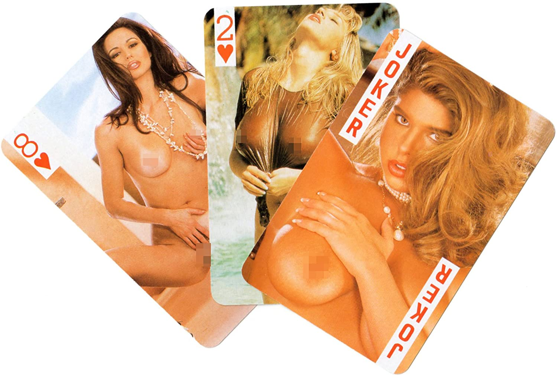 women-poker-players-nude-but-naked-girls-having-sex